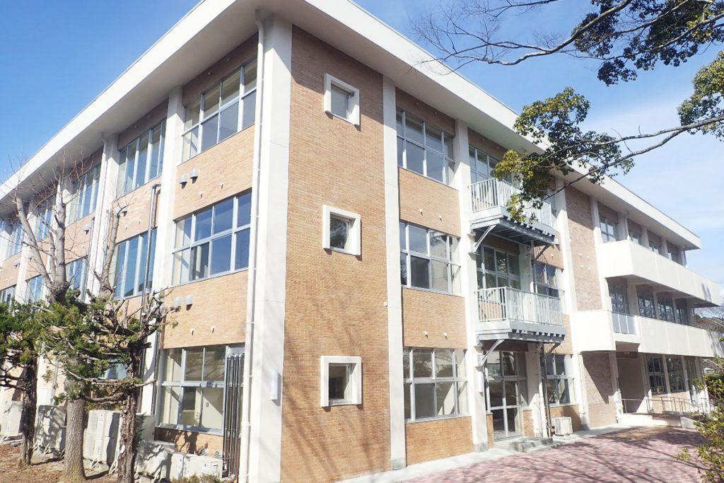 福島工業高専図書館改修工事